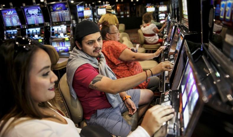 Beberapa Alasan Menarik Yang Orang Suka Bermain Slot Online